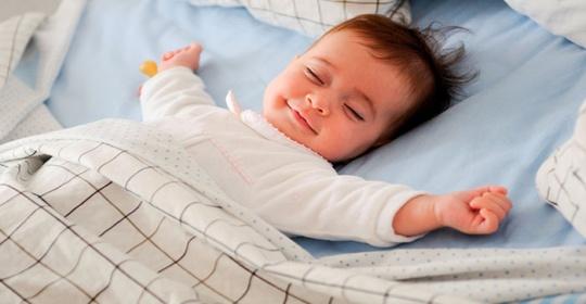 Πως να επιλέξετε το κατάλληλο στρώμα για το μωρό σας