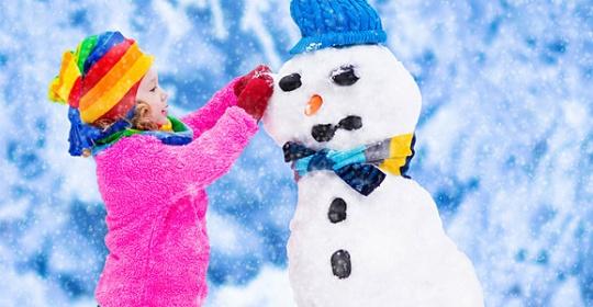 """""""Ντύσου παιδί μου μην κρυώσεις!"""" : Πόσο ισχύει η συμβουλή;"""