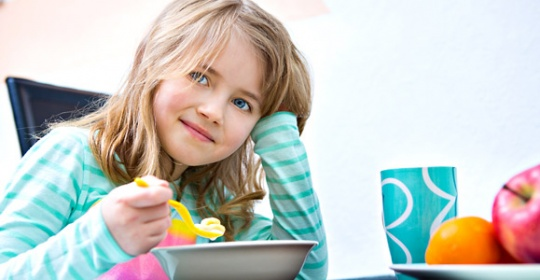 Τα παιδιά χρειάζονται οπωσδήποτε πρωινό γεύμα