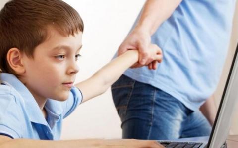 Παιδί και εθισμός στο διαδίκτυο: Τεστ 20 ερωτήσεων για τους γονείς