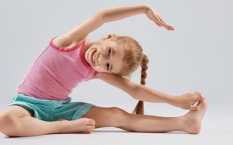 Άσκηση στα παιδιά για ευεξία και χαρά
