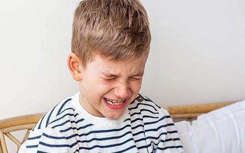 Σύνδρομα χρόνιου πόνου: Πώς αντιμετωπίζονται στην παιδική ηλικία