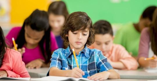 Επιστροφή στα σχολεία: Κάνοντας πιο ομαλή τη μετάβαση για τα παιδιά με μαθησιακές δυσκολίες